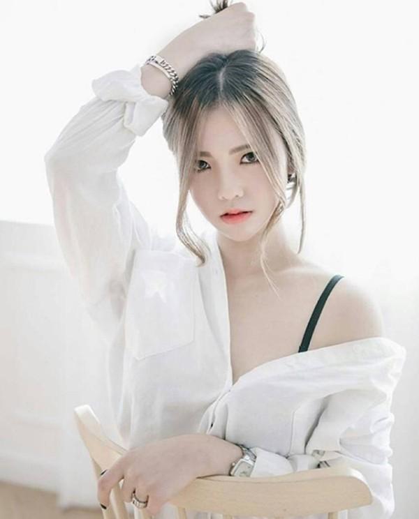 "Dien so mi trang, gai xinh co muon kieu sexy, ""dot chay"" pho phuong-Hinh-5"