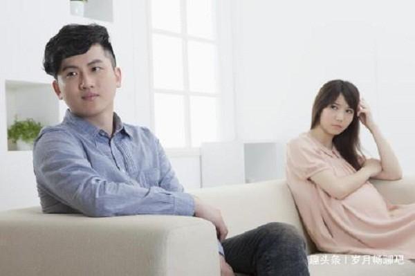 "Bi me vo tat chay ma, nhung hanh dong cua con gai moi khien toi ""dung hinh"""