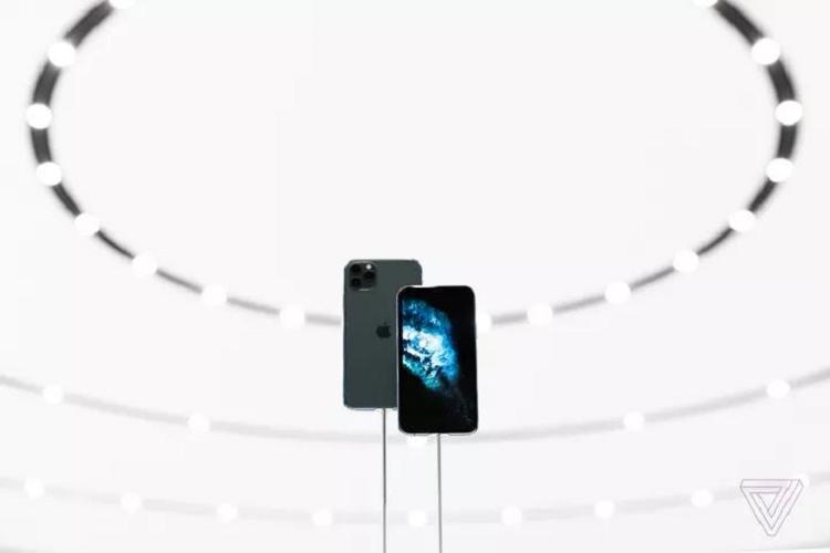 iPhone 11 Pro co thuc su chuyen nghiep va dang tien?