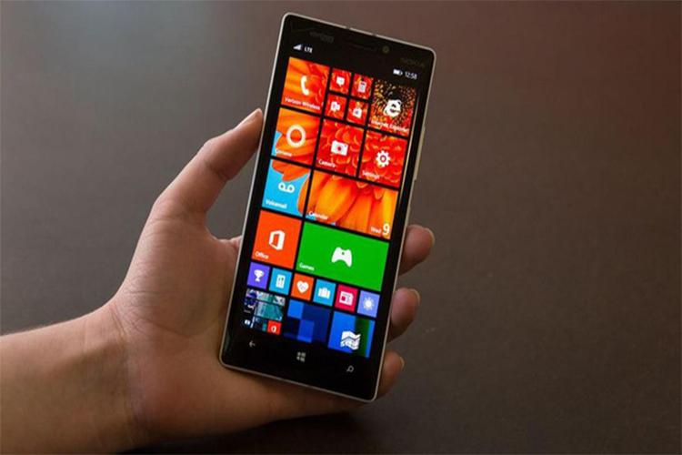 Microsoft sap bien dien thoai Windows Phone thanh cuc gach?