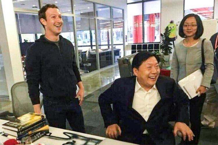 """4 bieu hien """"them khat"""" Trung Quoc cua CEO Facebook-Hinh-2"""