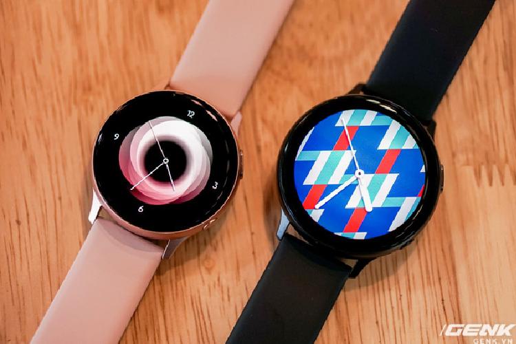 Mua Galaxy Watch Active 2, tang tai nghe khong day 3.5 trieu-Hinh-4
