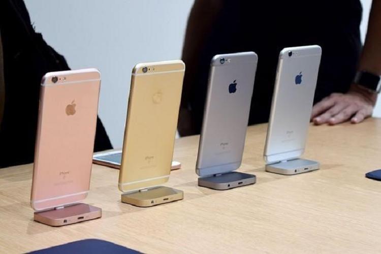 Ban 18 model, Apple dang doi bom thi truong Viet