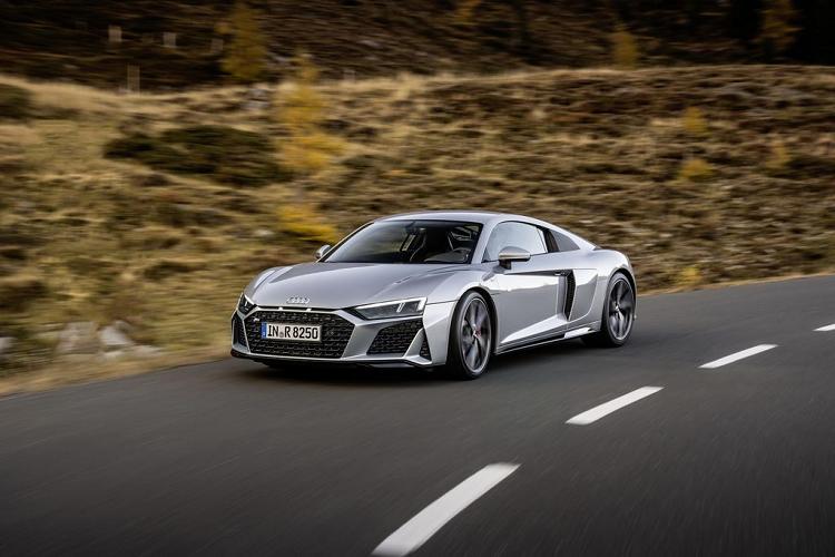 Sieu xe Audi R8 2020 dan dong cau sau tu 3,8 ty dong-Hinh-9