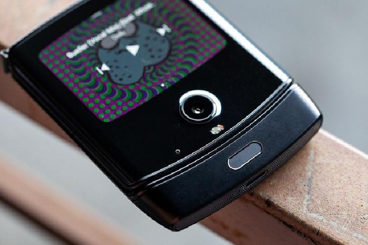 Motorola Razr hoi sinh voi smartphone Android gia 1.500 USD-Hinh-6