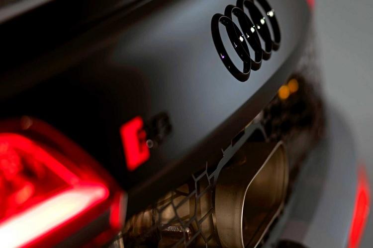 Ngam phien ban dua LMS GT4 cho sieu xe Audi R8 V10-Hinh-6