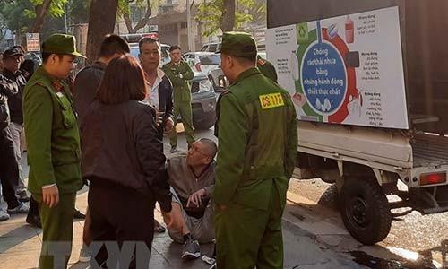 Khan truong dieu tra vu no nghi do sung tai ngo Phan Huy Chu