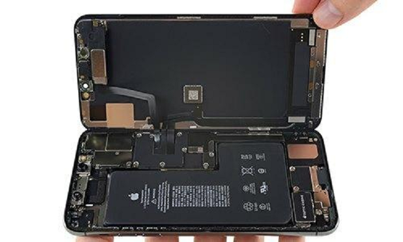 iPhone 12 se co dung luong pin cao nhat tu truoc den nay