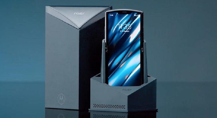 Motorola Razr man hinh gap hoan ra mat