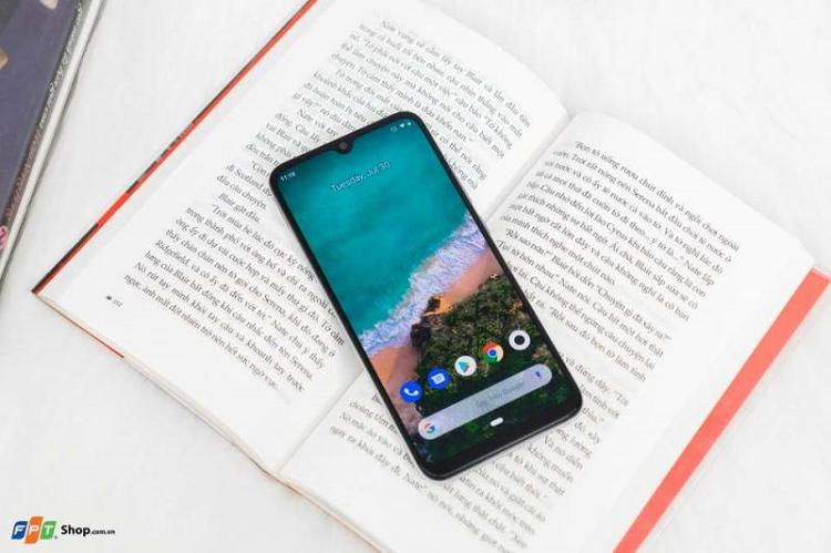 Xiaomi Mi A3 dung chip Snapdragon 665 gia khoang 3 trieu dong-Hinh-2
