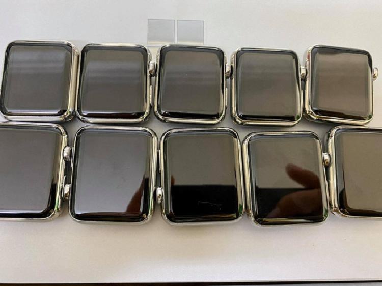 Apple Watch doi dau ban tro lai tai Viet Nam, gia tu 3 trieu