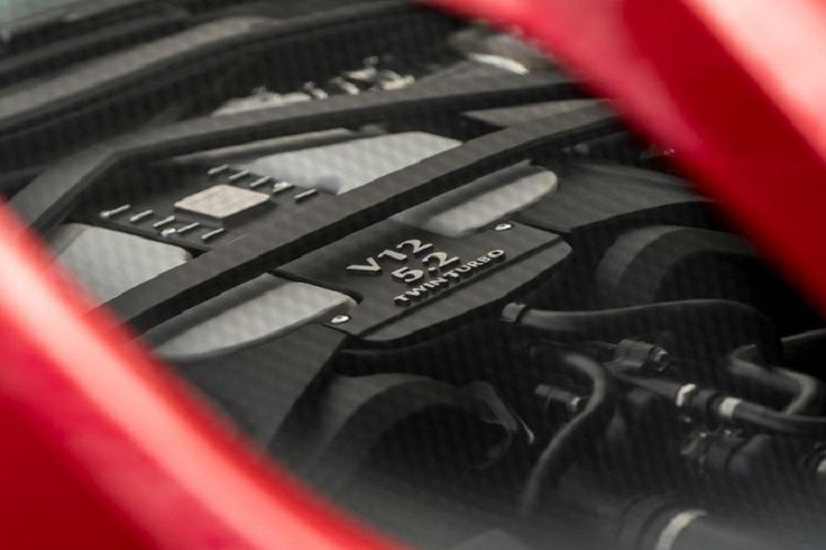 Sieu xe Aston Martin V12 Speedster dac biet sap ra mat-Hinh-2
