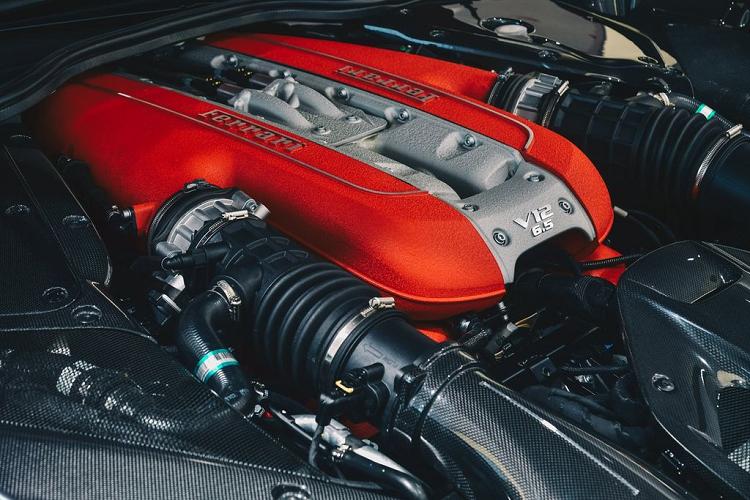 """""""Xe nha giau"""" Ferrari 812 GTS den Hong Kong, tu 17 ty dong-Hinh-2"""