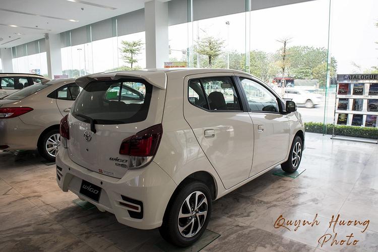 Toyota Wigo giam 20 trieu dong,