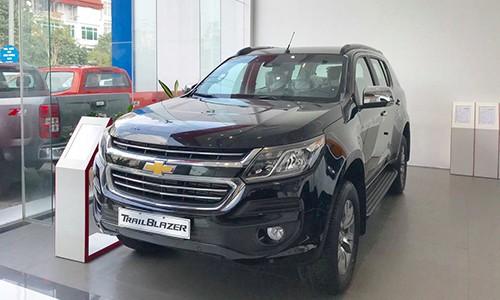 Chevrolet Trailblazer lai giam gan 200 trieu dong tai Viet Nam