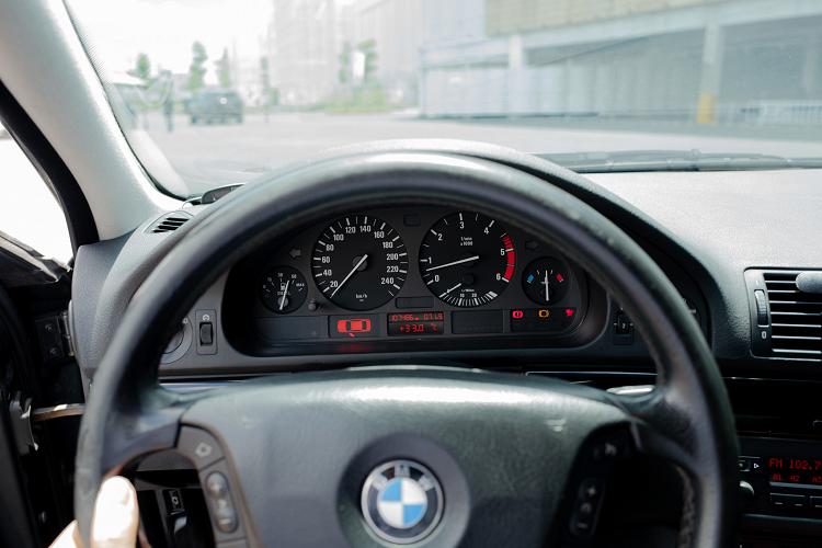 Can canh BMW 520d Touring hang hiem, doc nhat tai Viet Nam-Hinh-5