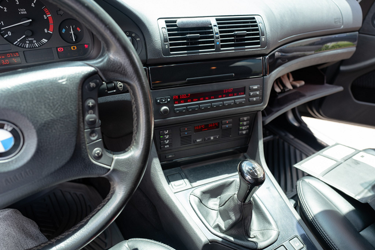 Can canh BMW 520d Touring hang hiem, doc nhat tai Viet Nam-Hinh-6