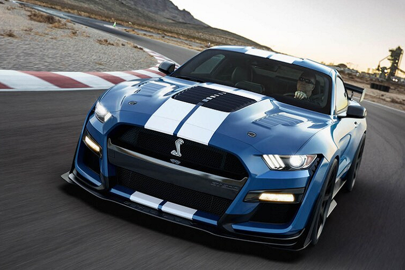 Shelby American ra mat goi do cho Ford Shelby GT500 va GT350