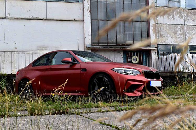 Chi co hai chiec BMW M2 so huu mau son hiem nay-Hinh-7
