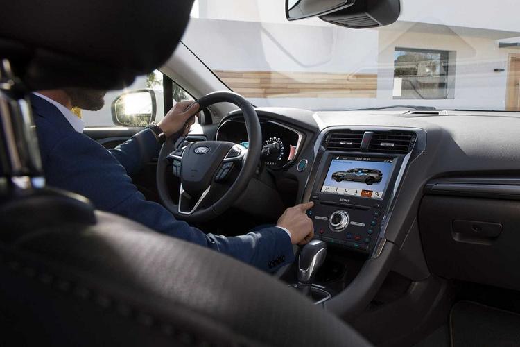 Ford Mondeo 2021 moi, co gi de canh tranh Toyota Camry?-Hinh-3