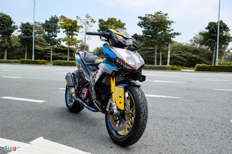 Dan choi Bac Lieu chi 300 trieu do xe may Yamaha Exciter