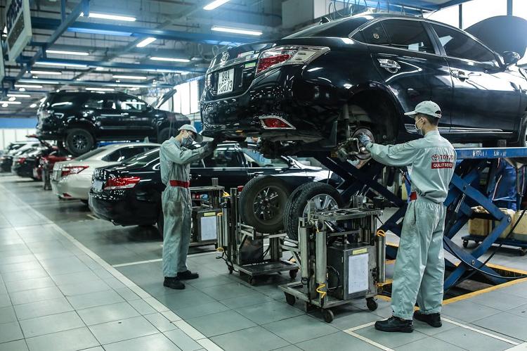 Toyota Viet Nam chung tay ung ho mien Trung khac phuc lu lut-Hinh-2
