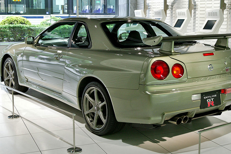 "Nissan Skyline GT-R R34 ""hang doc"" len toi 7,25 ty dong-Hinh-7"