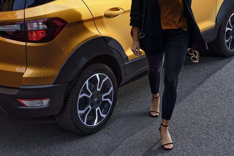 Chi tiet Ford EcoSport Active 2021 tu 28.250 USD tai Anh-Hinh-3