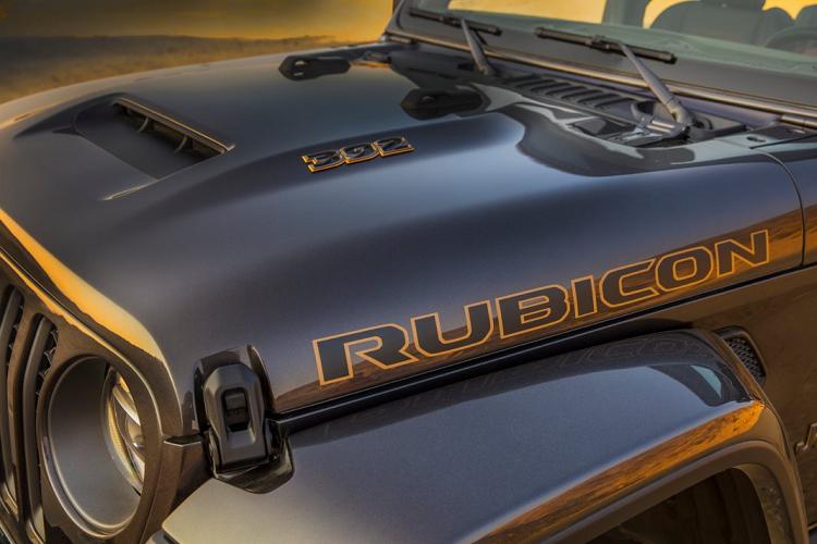 Ra mat Jeep Wrangler 2021 su dung dong co HEMI V8-Hinh-7