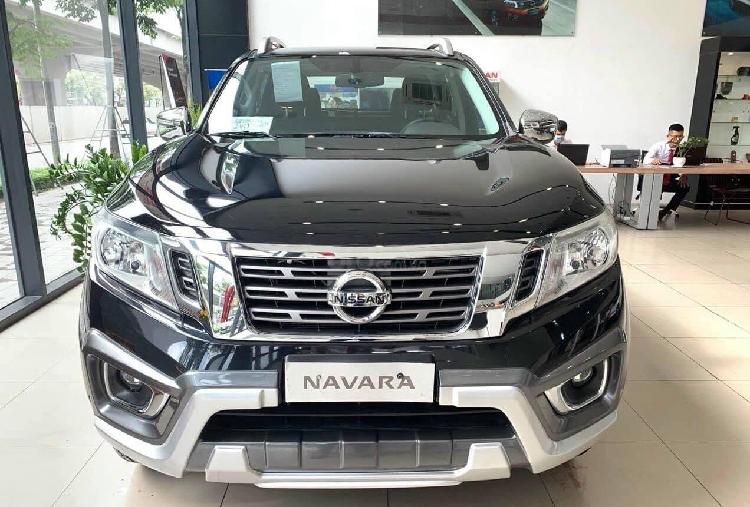 Nissan Navara tai dai ly giam den 50 trieu dong-Hinh-3