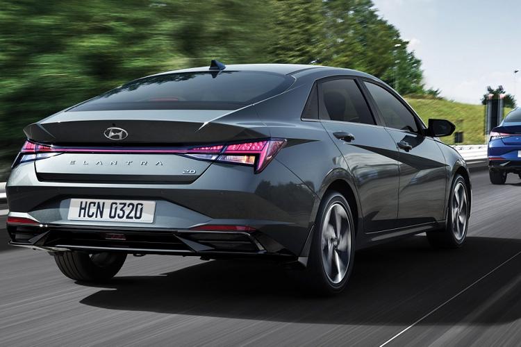 Hyundai Elantra 2021 tu 579 trieu dong tai Malaysia, co ve VN?-Hinh-7