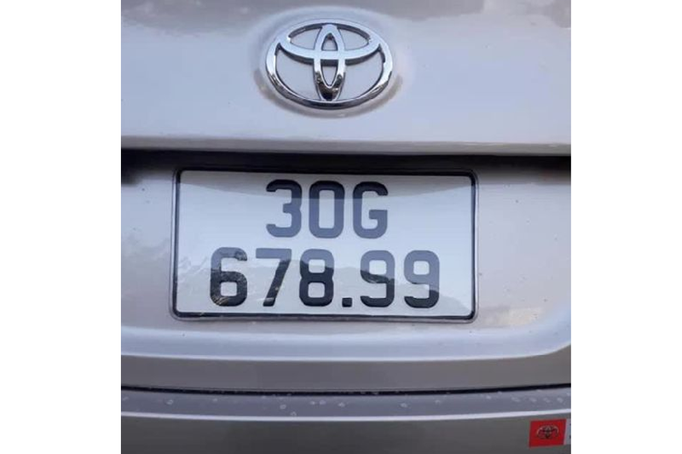 Toyota Vios trung bien