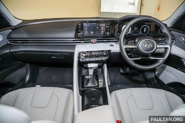 Hyundai Elantra 2021 tu 572 trieu dong tai Malaysia, sap ve VN?-Hinh-4