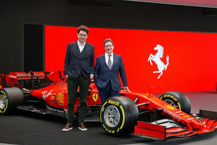 CEO cua hang sieu xe Ferrari tu chuc sau khi nhiem Covid-19