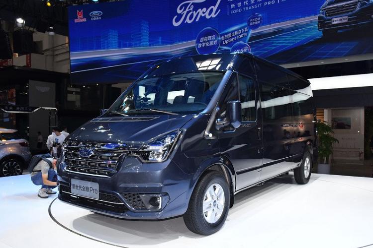 Ra mat Ford Transit Pro 2021 tu 582 trieu dong tai Trung Quoc