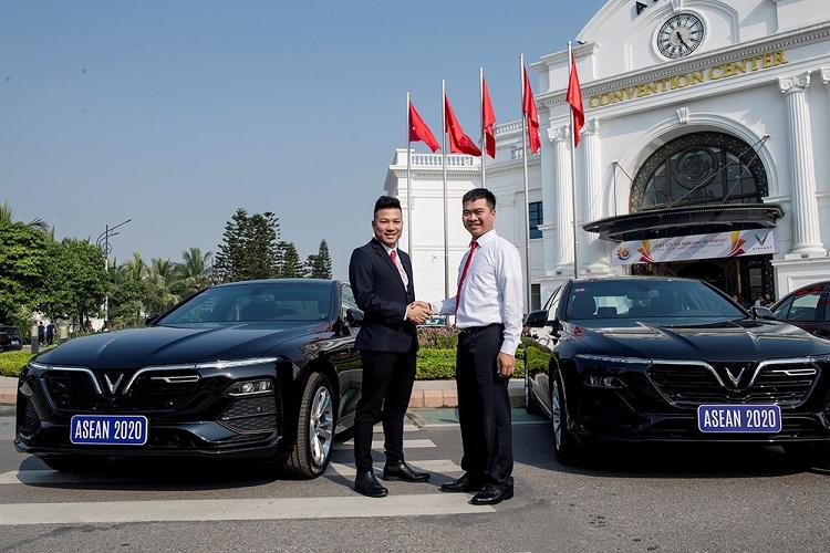 Xe oto VinFast phuc vu ASEAN 2020 thanh ly, giam toi 120 trieu dong