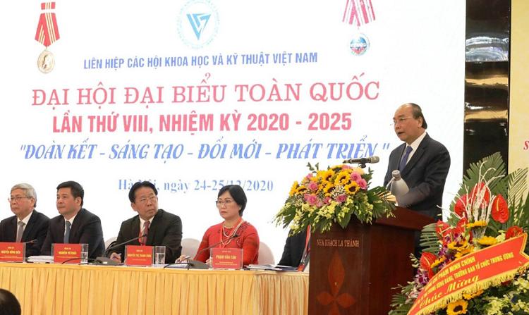 Nhung cung bac cam xuc cua Dai hoi VIII Lien hiep Hoi Viet Nam-Hinh-3
