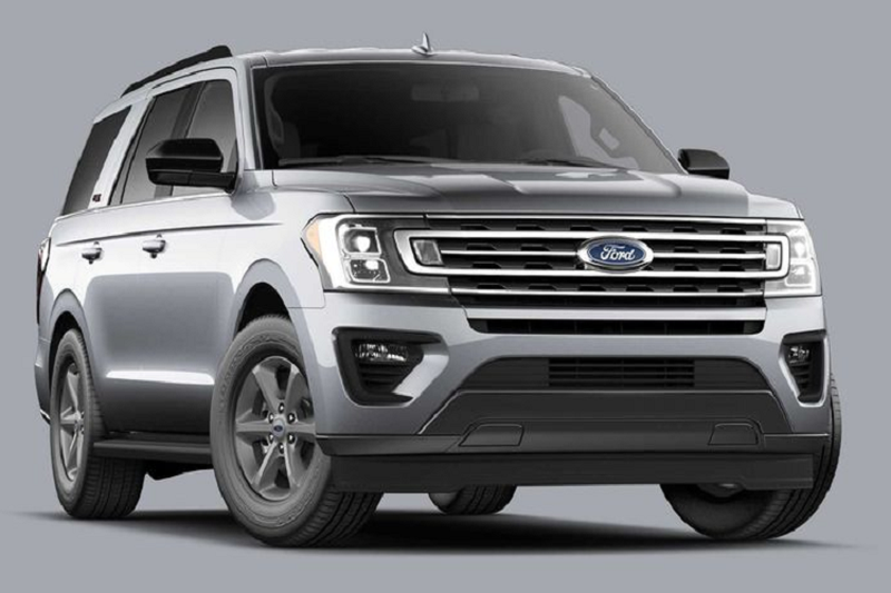 Chi tiet Ford Expedition 5 cho gia re, chi 1,15 ty dong