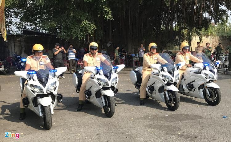 Sieu moto Yamaha 1300 o An Giang chi dung de dan doan