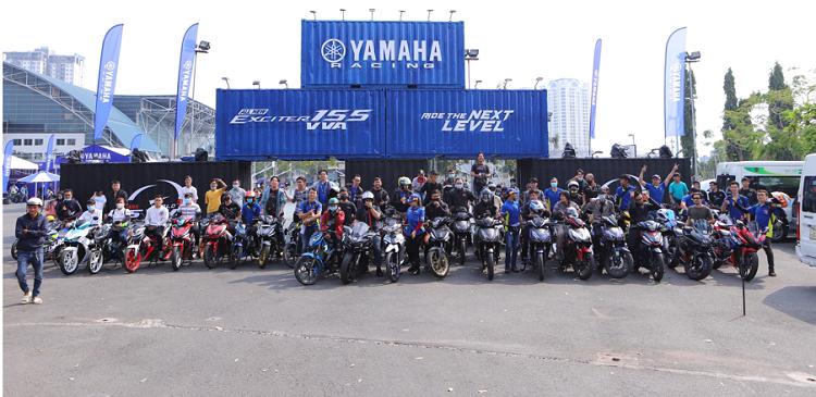 Dan choi xe may Honda phan khich lai thu Yamaha Exciter 155 VVA moi-Hinh-5