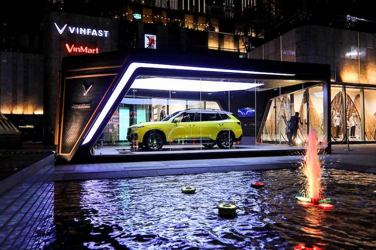 Bao Tay danh gia VinFast la diem sang cua Viet Nam trong 2020-Hinh-2