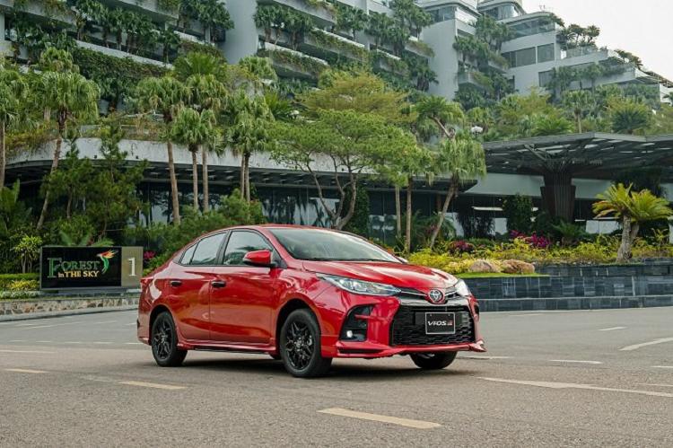 TMV ap dung chinh sach doi xe cu lay Toyota Vios 2021 moi