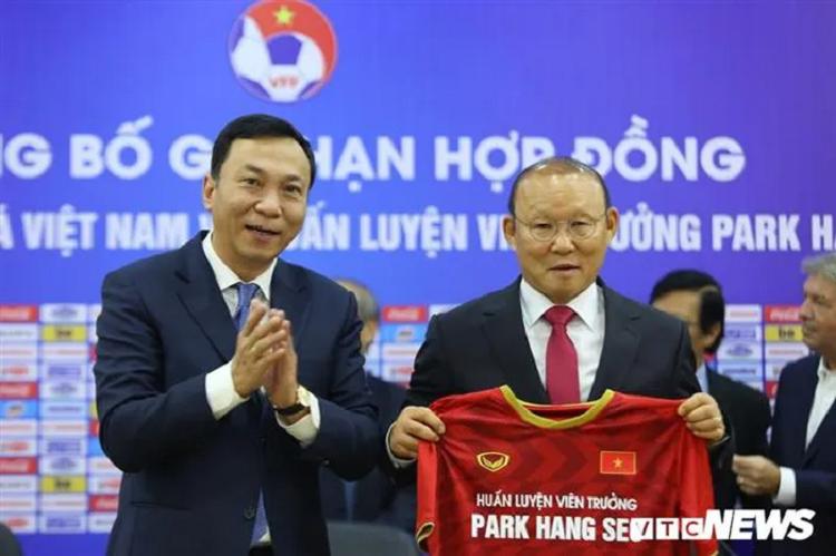 HLV Park Hang Seo: Co gang de khong chim dam vao su noi tieng-Hinh-2