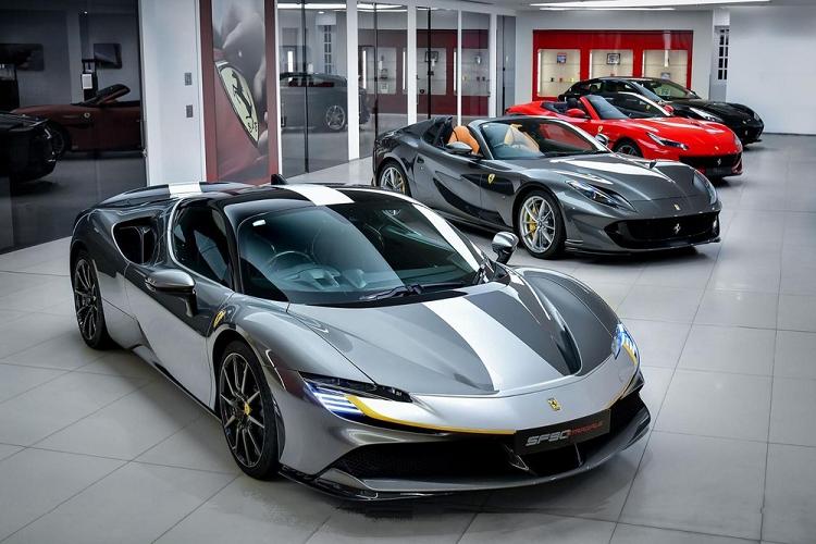 Ferrari o Hong Kong tang gia, SF90 Stradale kenh them 1,7 ty dong