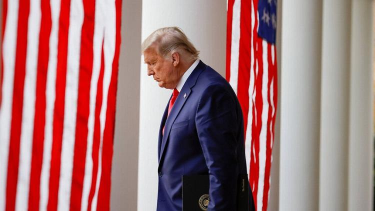 Toa Toi cao bac vu kien bau cu cuoi cung cua ong Trump