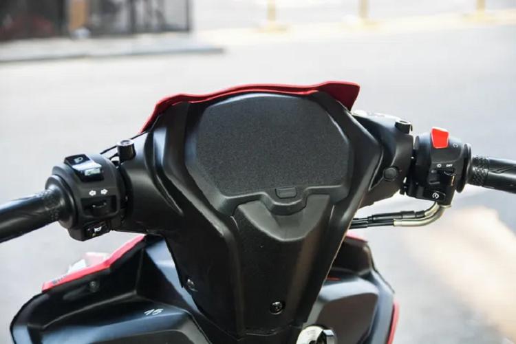 Chi tiet Yamaha Exciter 155 VVA ban xe dua dau tien tai Viet Nam-Hinh-8