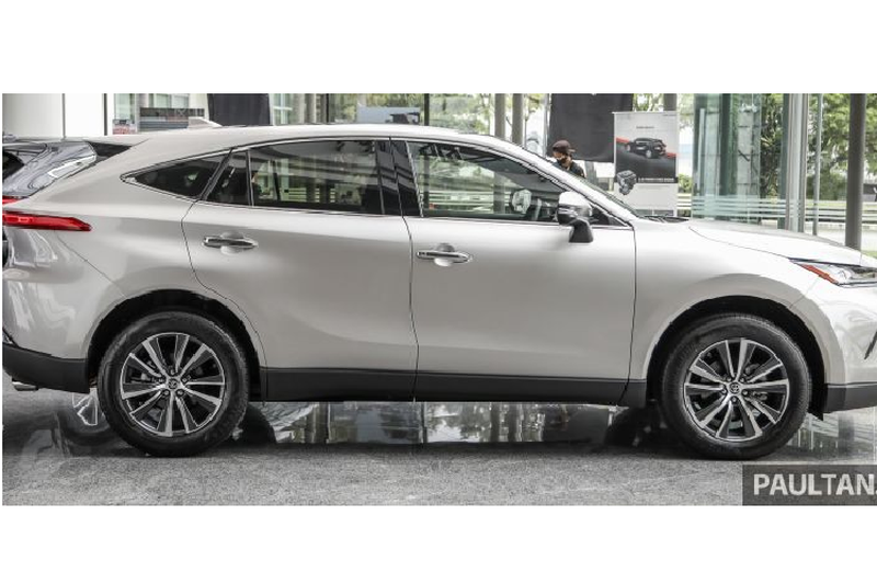 Toyota Harrier 2021 tu 1,39 ty dong Dong Nam A, co ve Viet Nam?