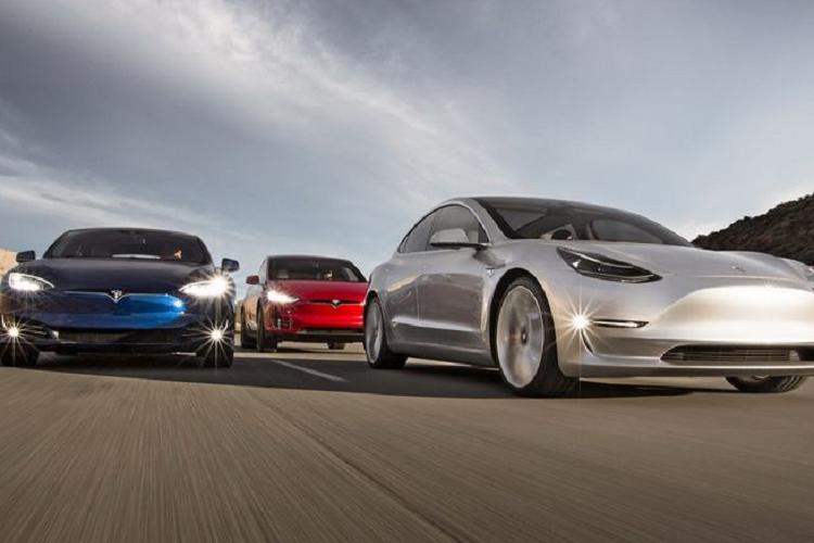 Công nghệ pin mới của Tesla có tế bào to bằng… lon nước ngọt