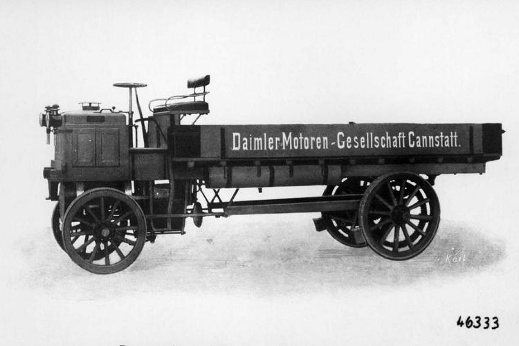 Daimler cua Mercedes che tao xe tai dau tien tren the gioi-Hinh-2