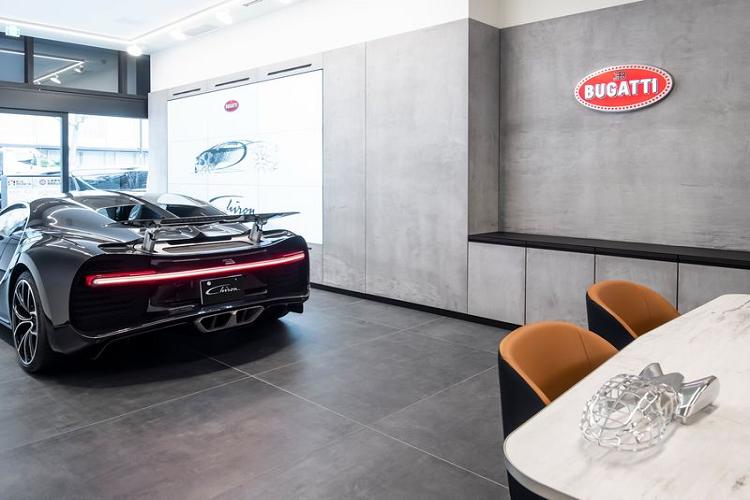 Bugatti mo showroom tai Nhat Ban, dam chat hang sieu xe Phap-Hinh-3